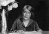 Grazia Deledda a novant'anni dal Nobel. Mercoledì 13 nell'Aula magna del Rettorato una mattinata di studio al femminile sulla grande scrittrice sarda