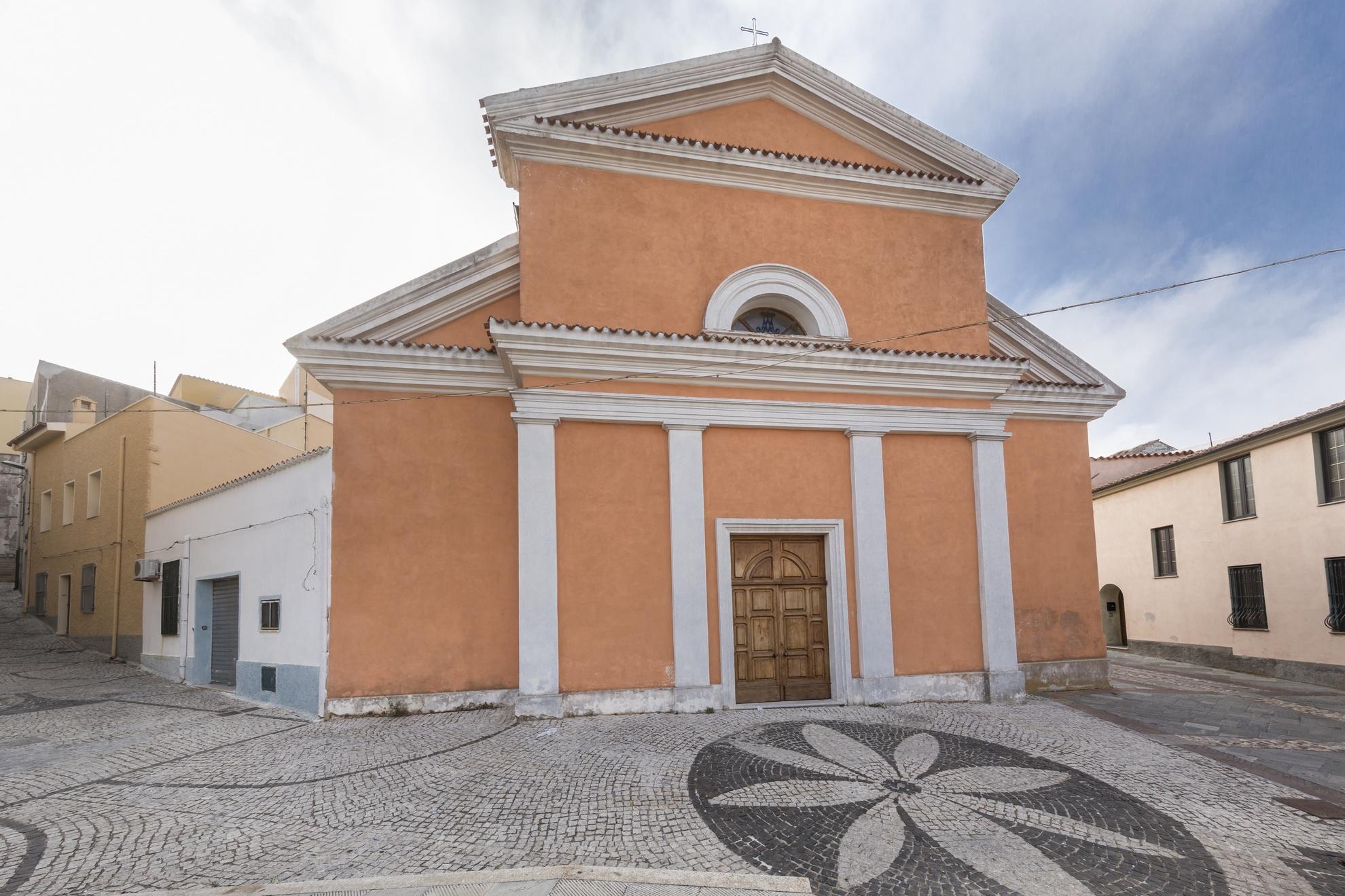 Orune, chiesa Santa Maria della Neve - Fonte www.sardegnaturismo.it