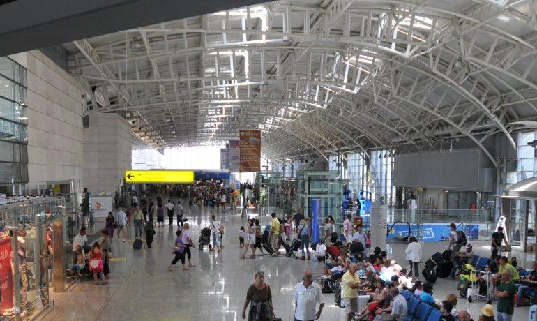 Aeroporto di Cagliari: molti più viaggiatori rispetto allo scorso anno e flussi internazionali incrementati. I dati