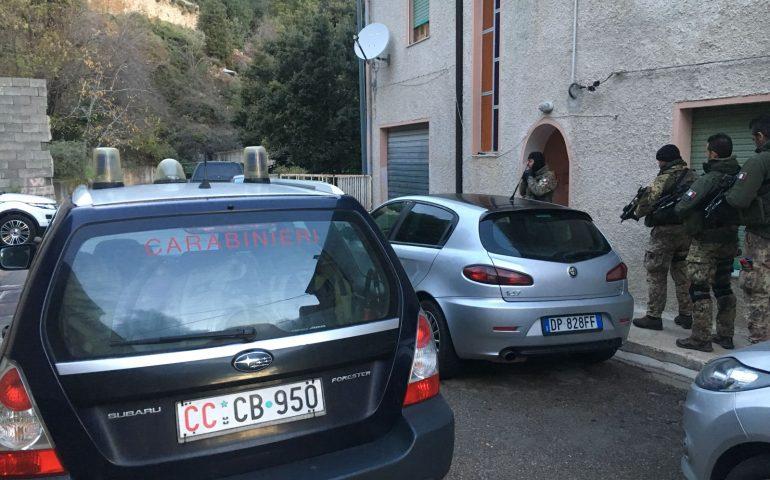 Maxi operazione dei Carabinieri per una tentata rapina a mano armata: in atto perquisizioni e ordinanze di custodia