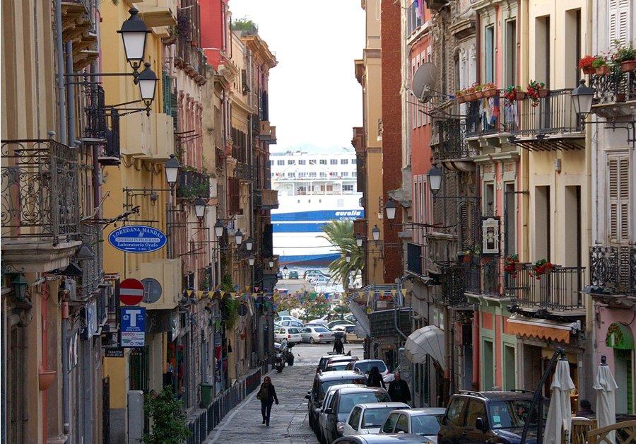 Lo sapevate? A Cagliari gli abitanti del quartiere storico ...