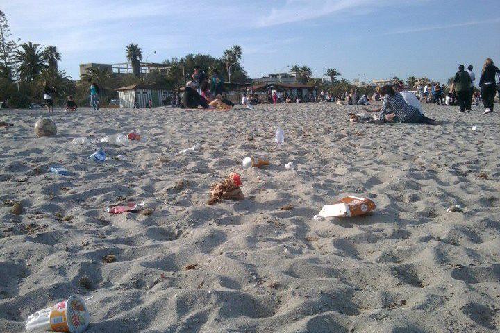"""Detti e modi di dire sardi: """"Caddozzimmini"""", sporcizia, lordura, luogo (o entità sociale) piena di rifiuti"""