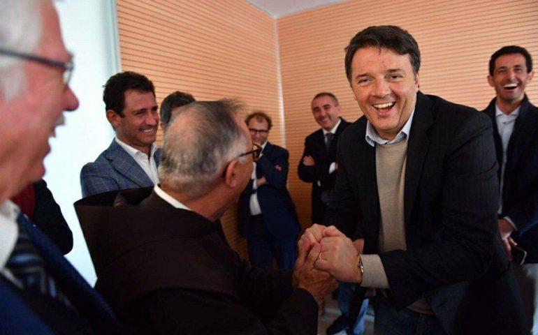 """Lo show di Matteo Renzi a Cagliari: """"Per la Sardegna assunzioni, infrastrutture e finanziamenti"""""""