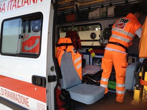 Porto Cervo, giovane cade rovinosamente da una scala, è in gravi condizioni