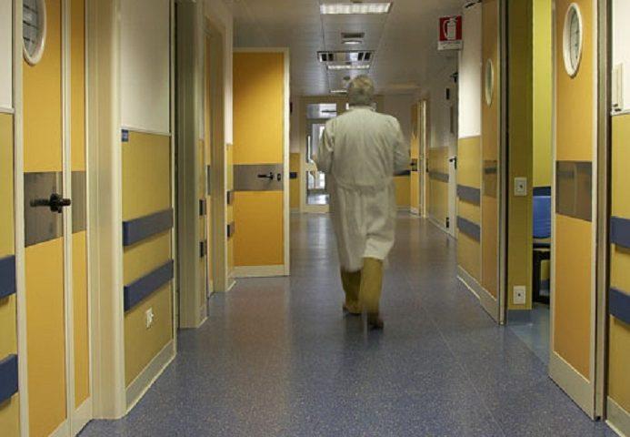 Muore un 76enne di Guspini: era ricoverato a Cagliari. Salgono a 16 le vittime in Sardegna