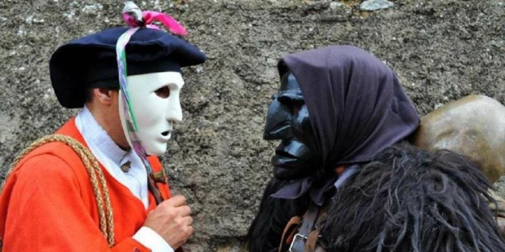 Mamuthones e Isshoadores, carnevale di Mamoiada - Fonte www.sardegnainfesta.it