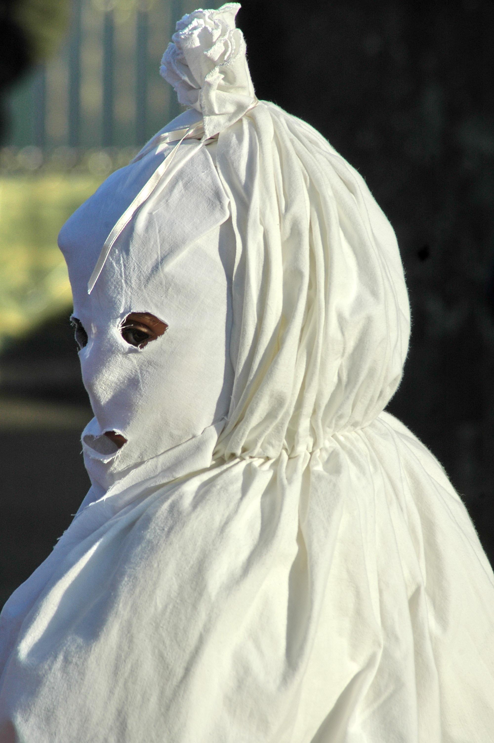 Maschera a Lenzolu - Cristiano Cani