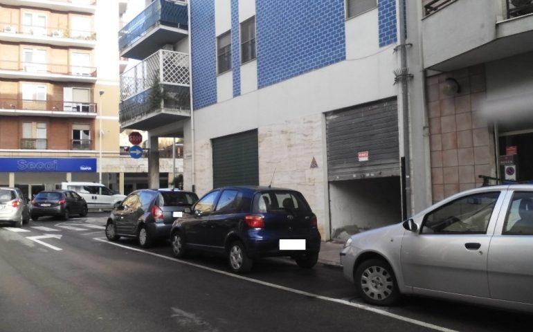 Troppi tumori nel palazzo di via Flumendosa: la Città metropolitana chiede rilevamenti all'Arpas