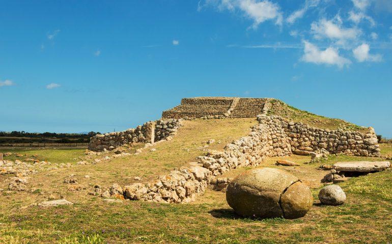 Lo sapevate? In Sardegna esiste una ziqqurat come in Mesopotamia: è l'unica nel Mediterraneo