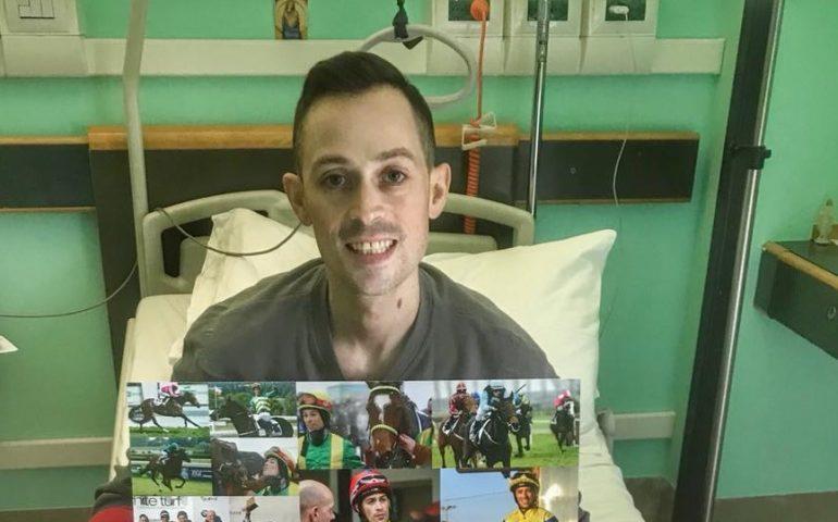 Morto il fantino Daniele Porcu, stroncato da un tumore. Una stella dell'ippica spenta a soli 34 anni