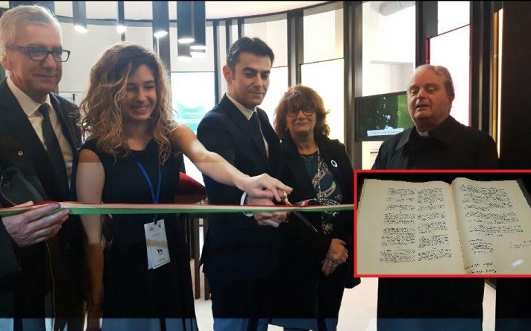 """(FOTO) La Costituzione """"in persona"""" arriva a Cagliari con il viaggio per celebrare i 70 anni dall'entrata in vigore"""