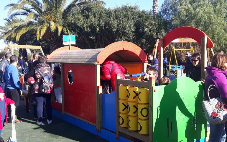 Giochi per bambini disabili e non. Inaugurata l'area ludica inclusiva al Parco di Terramaini
