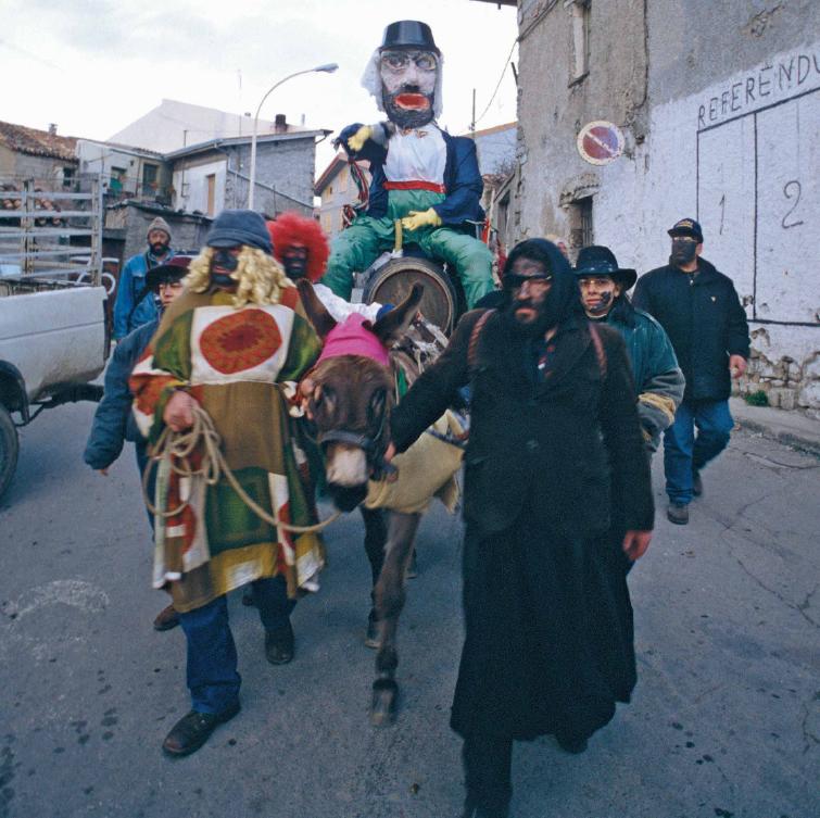 Ovodda, sos Intintos che conducono il carretto di Don Conte - Fonte www.itenovas.com