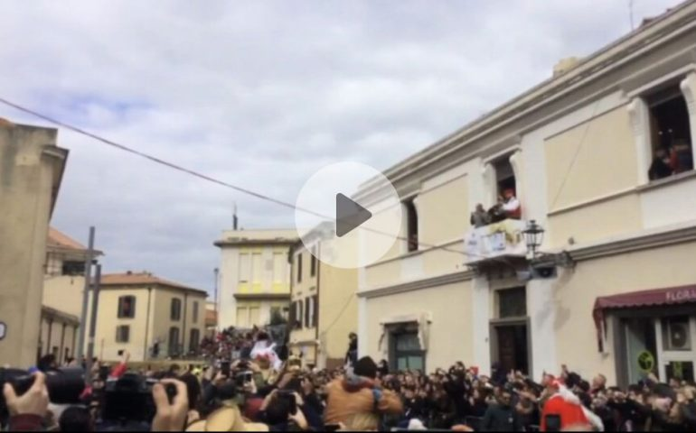 (VIDEO) Lo spettacolo della Sartiglia: su Componidori celebra la stella appena presa