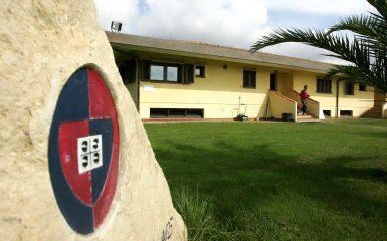 Cagliari in ritiro in vista della sfida con il Parma