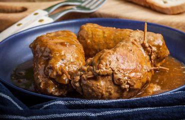 """La ricetta Vistanet di oggi: le coietas, """"magici"""" involtini ripieni della tradizione sarda"""