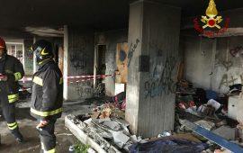 incendio a Sant'Elia via Schiavazzi (2)