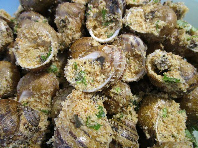 La ricetta Vistanet di oggi: lumaconi ripieni, un piatto non semplice da preparare ma molto gustoso