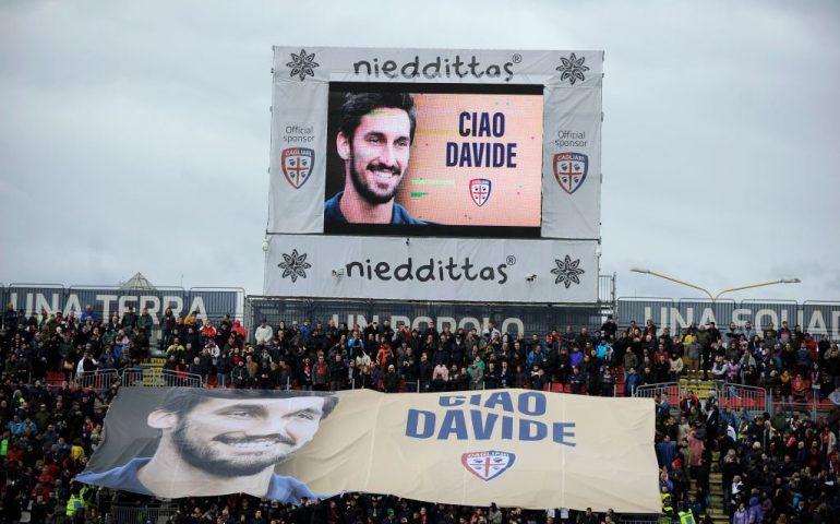 La Sardegna Arena ricorda Astori: il tributo durante Cagliari-Lazio