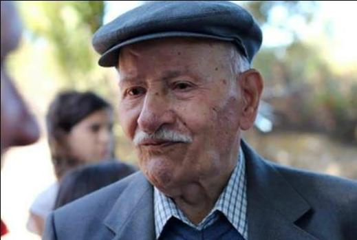 Sardegna terra di centenari, i 100 anni di zio Antonio Brundu, un compleanno con tutta la comunità foghesina (Photogallery)