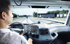 Cagliari, un'azienda cerca un autista di autotreni con patenti C D E e CQC trasporto persone