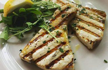 La ricetta Vistanet di oggi: pesce spada fresco grigliato, un sapore delicatissimo