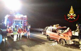 Violento incidente sulla 131: 22enne ricoverata al Brotzu in gravi condizioni
