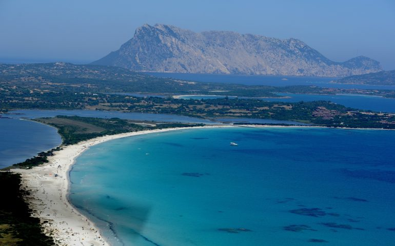 La Sardegna è la regione italiana con più km di costa