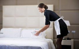 L'Hotel Chia Laguna ricerca una cameriera ai piani
