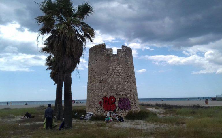 """Grig: """"A quando la ripulitura della Torre costiera del Poetto?"""""""