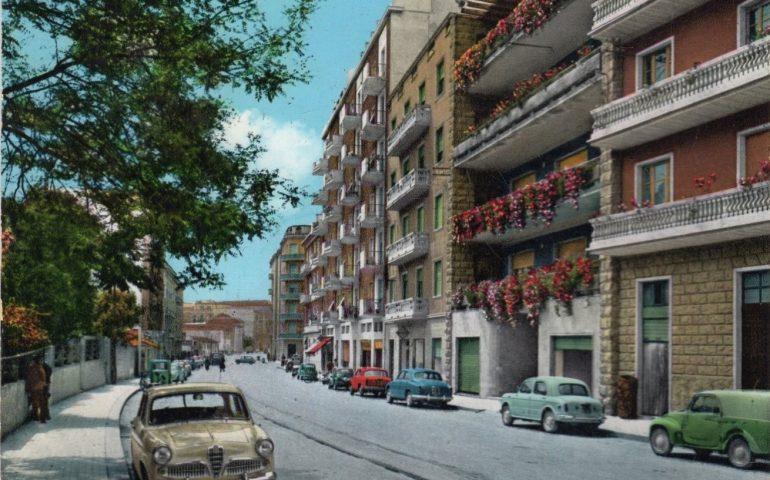 La Cagliari che non c'è più: via San Benedetto nel 1963