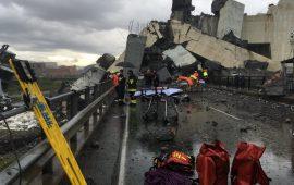 Ponte Morandi crollato a Genova - Foto Twitter Franco Faina