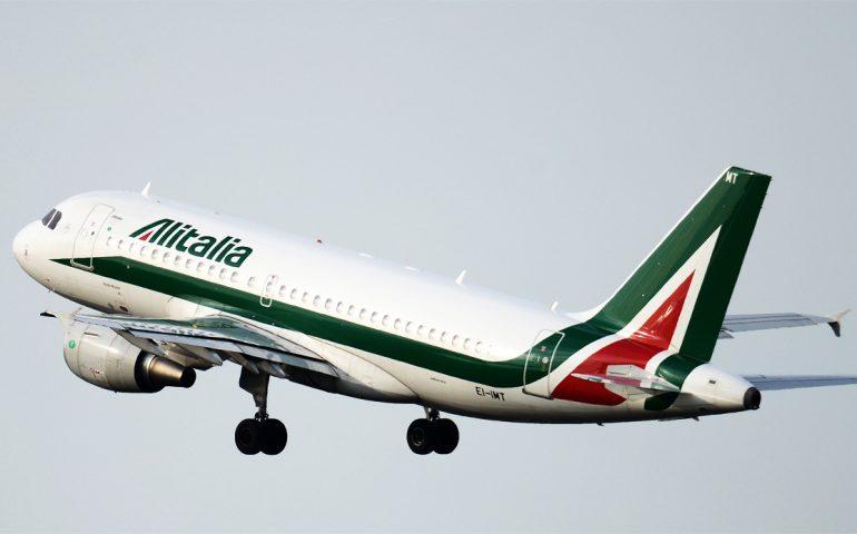 Elezioni europee, Alitalia sconta i biglietti per tornare a votare: Sardegna esclusa ancora una volta