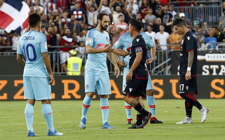 Cagliari-Atletico Madrid: vincono gli uomini di Simeone 1-0 ma la festa è tutta dei rossoblu e di Andrea Cossu