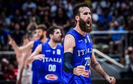 Basket, l'Italia trascinata dall'olbiese Datome vince in Ungheria e si avvicina alla qualificazione mondiale