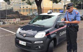 Versa carburante e minaccia i carabinieri con un accendino. In arresto pregiudicato cagliaritano