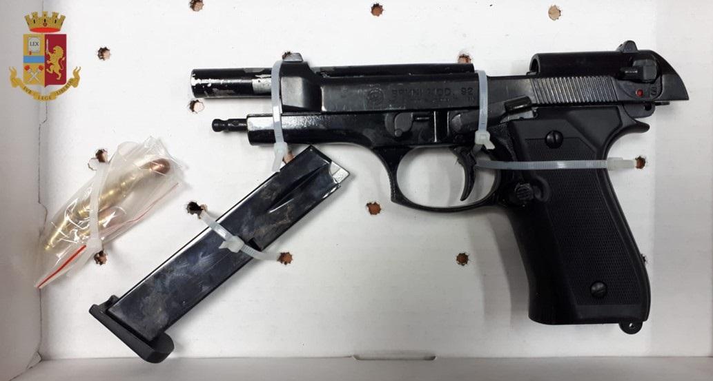 9-Pistola