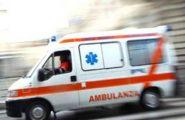 Incendio divampa in un appartamento: 78enne in ospedale per intossicazione da fumo