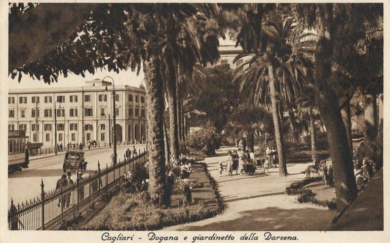 La Cagliari che non c'è più: la Dogana e la Darsena in una foto del 1930