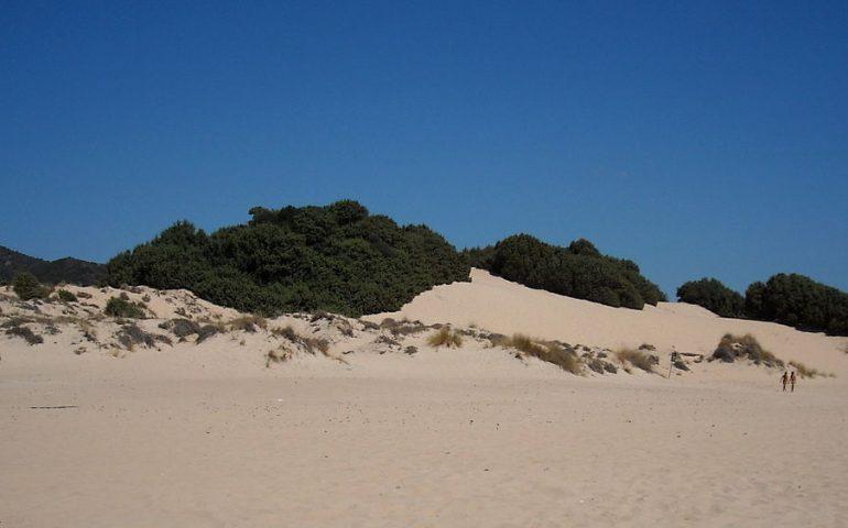 Gli ambientalisti del Grig acquistano le dune di Chia soffiandole alla concorrenza degli arabi