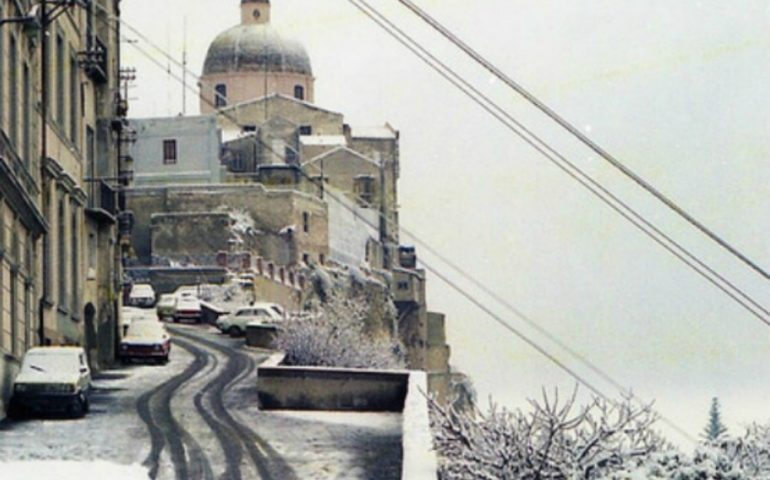 Accadde oggi. 9 gennaio 1985: Cagliari si risveglia sotto una fitta coltre di neve