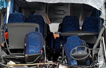 Zurigo. Autobus Flixbus partito da Genova sbanda e finisce contro un muro: un morto e decine di feriti
