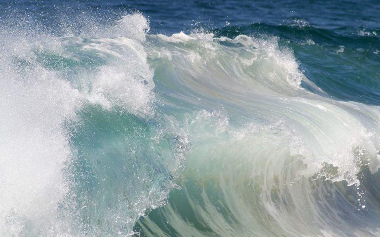 Condizioni Meteo avverse, nuovo bollettino di allerta: previsti vento e mareggiate