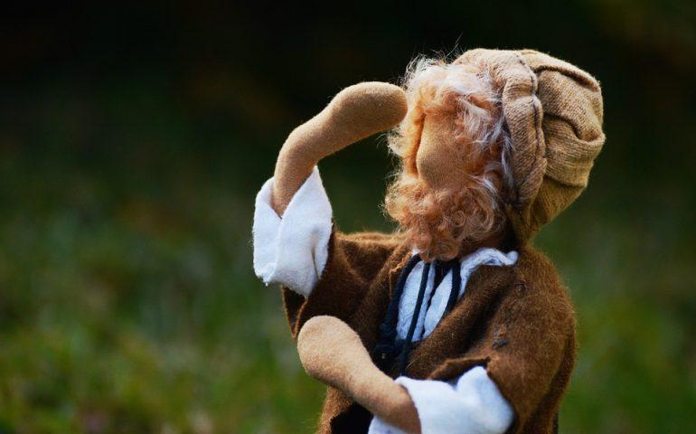 Folklore, Magia e Tradizione: is Pippias de zappus, un giocattolo innocente che poteva essere usato per la magia nera