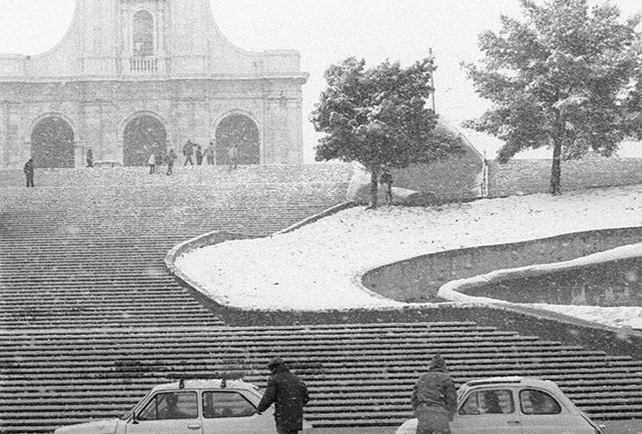 La Cagliari che non c'è più: Bonaria imbiancata nel gennaio del 1985