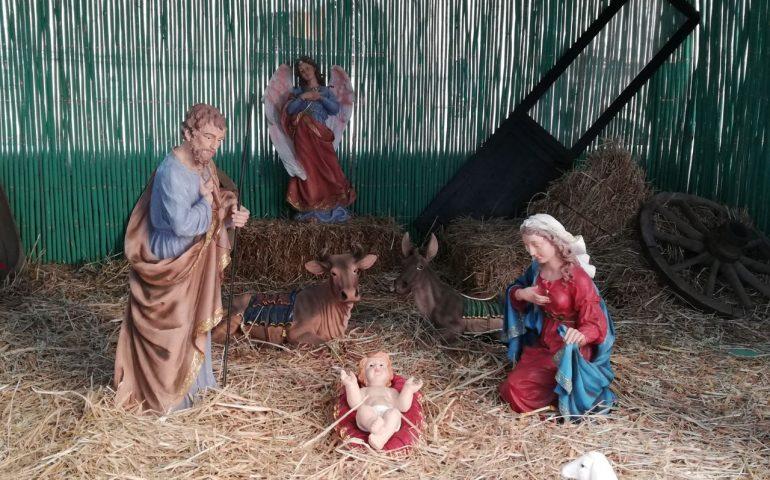 La foto. Il suggestivo presepe nel sagrato della Cattedrale di Santa Maria a Cagliari