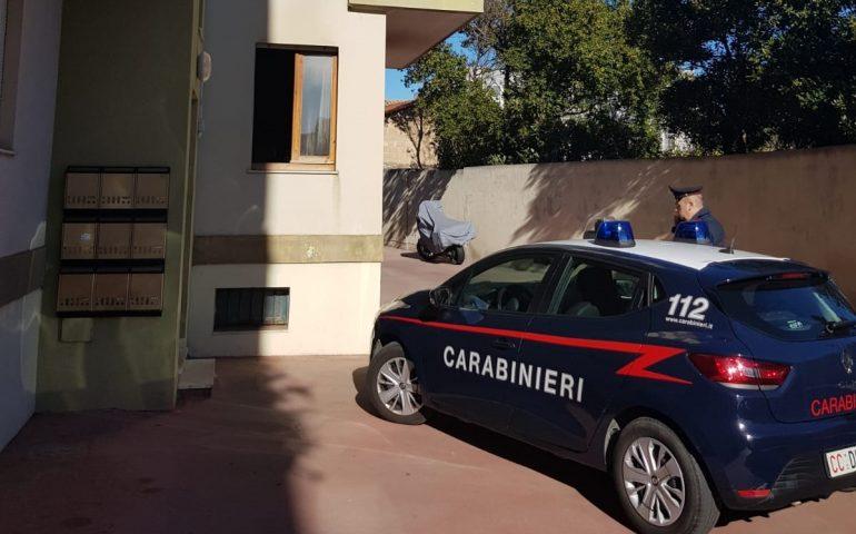 Tragedia a Selargius: uomo di 63 anni muore intossicato in un incendio
