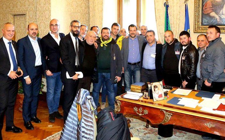 Salvini incontra i pastori sardi e annuncia il suo ritorno in Sardegna