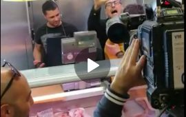 Salvini contestato al mercato di San Benedetto a cagliari