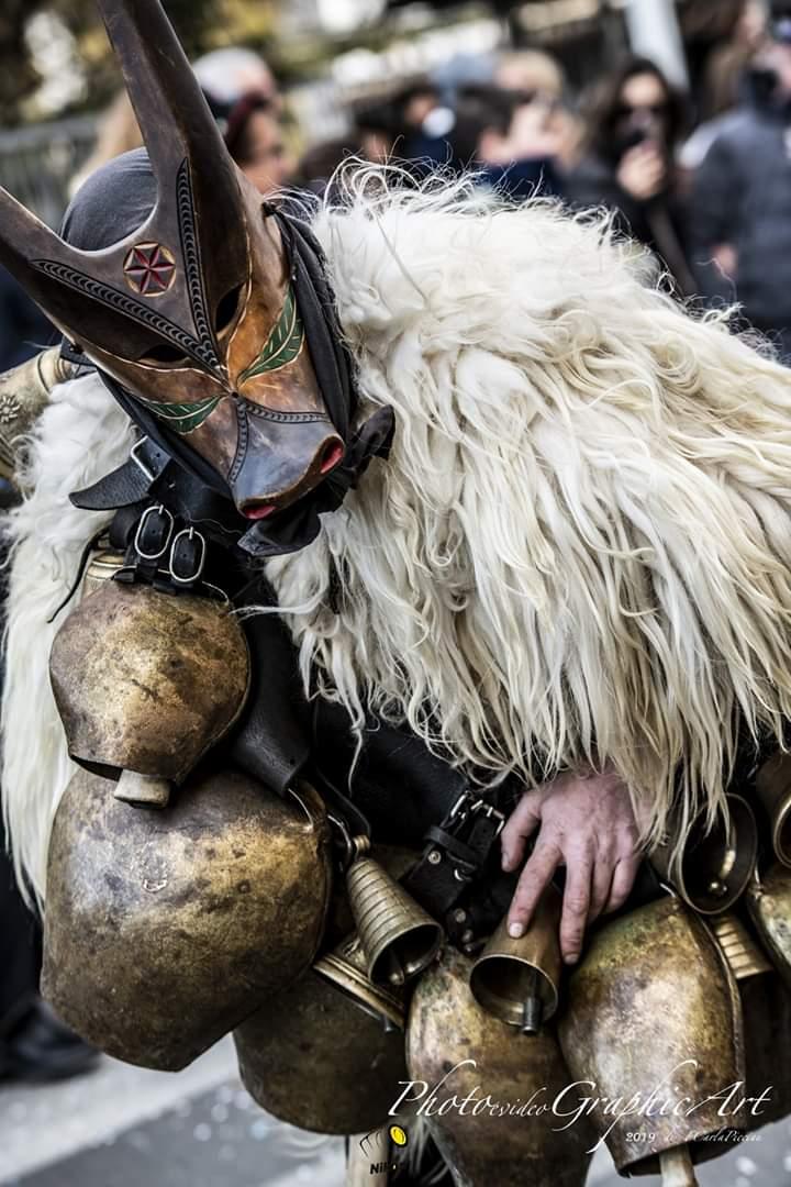 Fabrizio Porcu, il 35enne di Ottana che fabbrica da sé le maschere tradizionali del Carnevale (6)